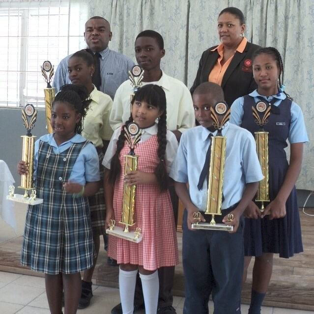PPC Ltd. Presents Prizes to Winners of Reading Rush Poster Competition